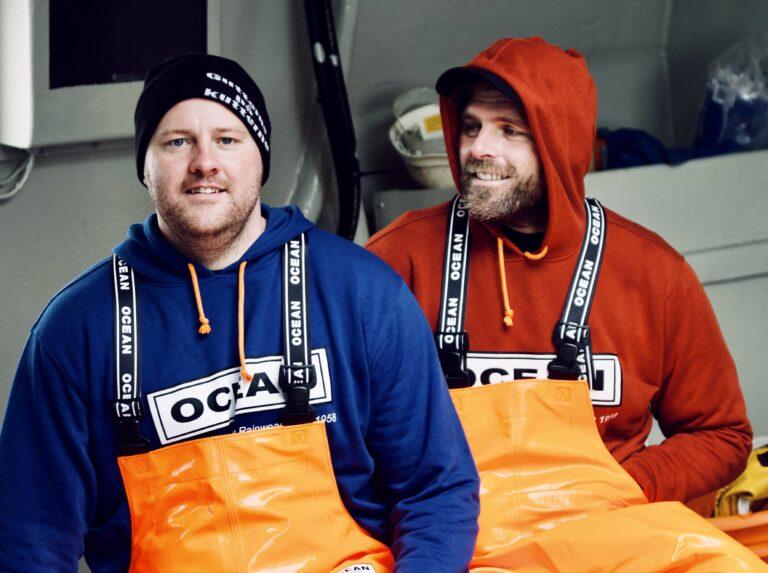 Jesper og Bo fra Thorupstrand Røgeri